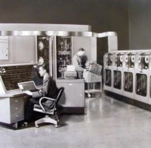 UNIVAC EN ELECCIONES