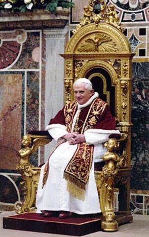 Morte di papa Giovanni Paolo II ed elezione di papa Benedetto XVI