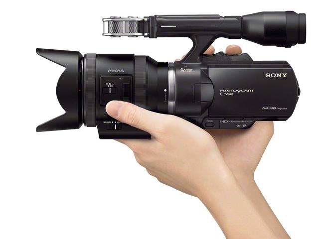 первый видеокамеракамкордер
