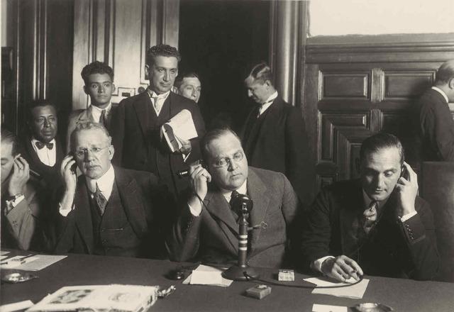 Se otorga la primera concesión de comunicación telefónica