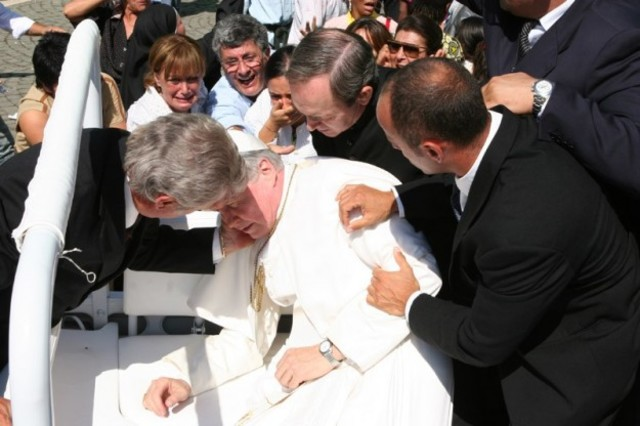Attentato a G.Paolo II
