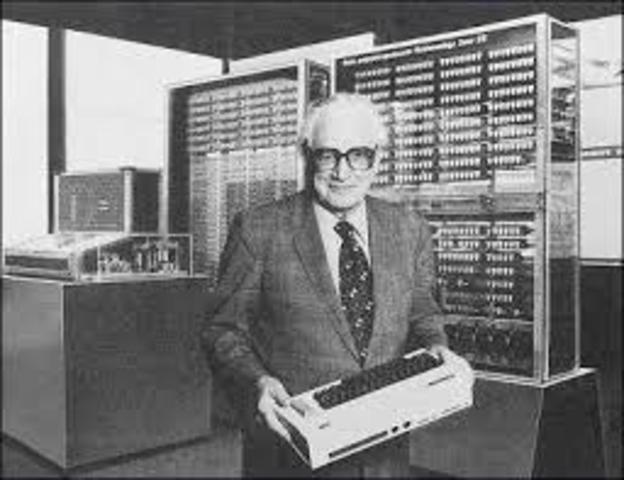 Konrad Zuse construye el primer computador electrónico programable