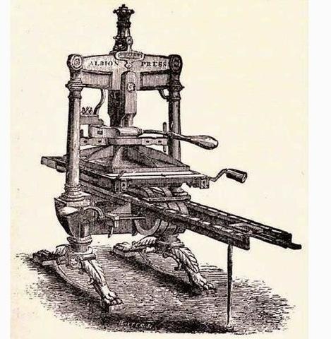 Lord Stanhope hizo la primera prensa de piezas de hierro fundido.