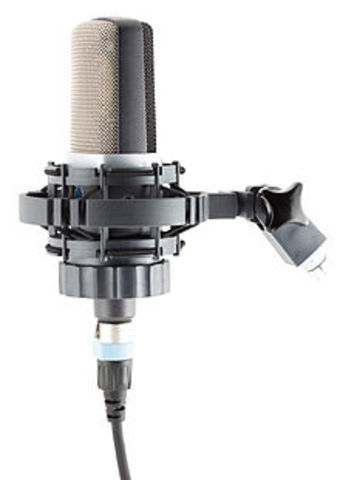 Big record labels begin using electric microphones for recording