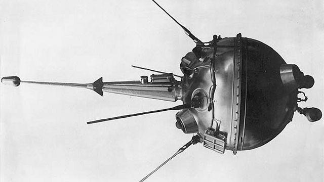 Luna 2 (Russian)