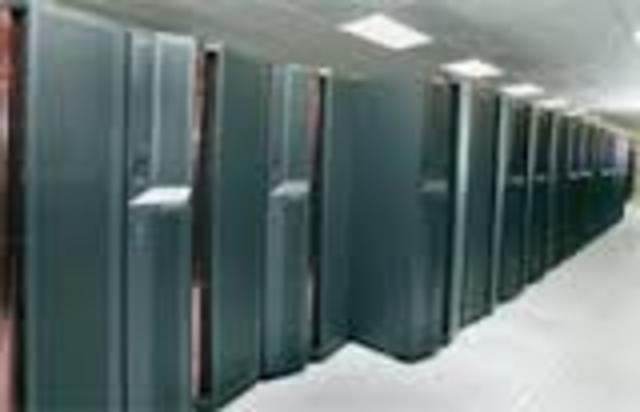 IBM установила в Национальной лаборатории Лоуренса в Ливерморе новый суперкомпьютер ASCI White.
