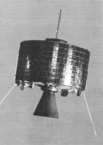 1er satélite geosíncrono