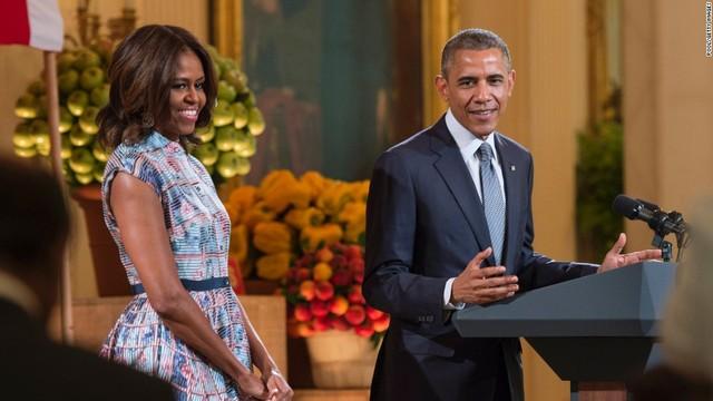 Obama Entra a la Carrera para Presidente.