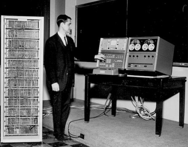 PRIMERA RED DE TELECOMUNICACIONES (ARPANET)