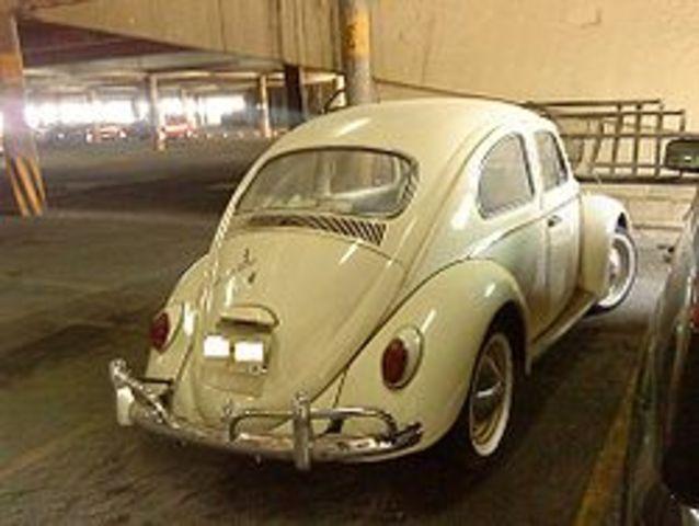 El primer Sedan (Bocho) en Mexico