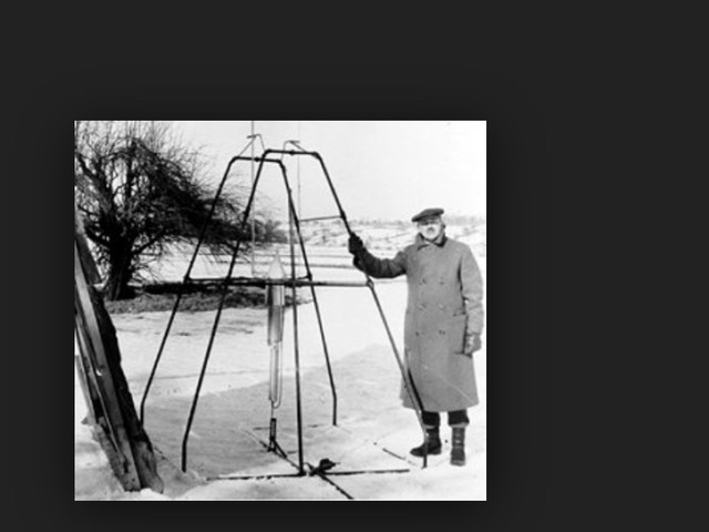 The First Liquid Rockets Are Launched