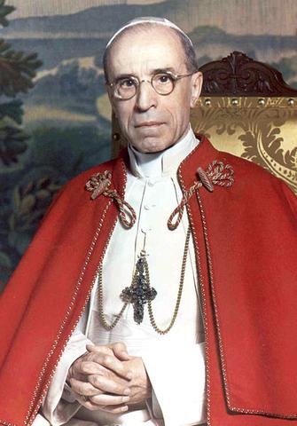 Pope Pius XII rejects Biblical literalism