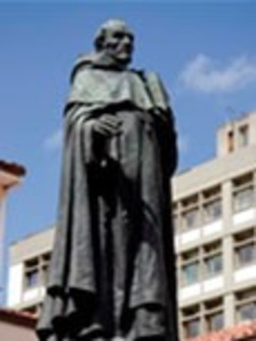 La estatua del Fundandor