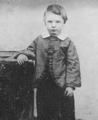 Lincoln's son Edward born