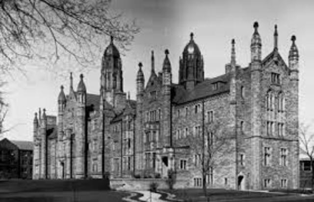 ·Newton enrolls in Trinity College, Cambridge.