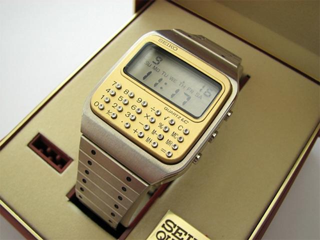 1r Aparición reloj inteligente