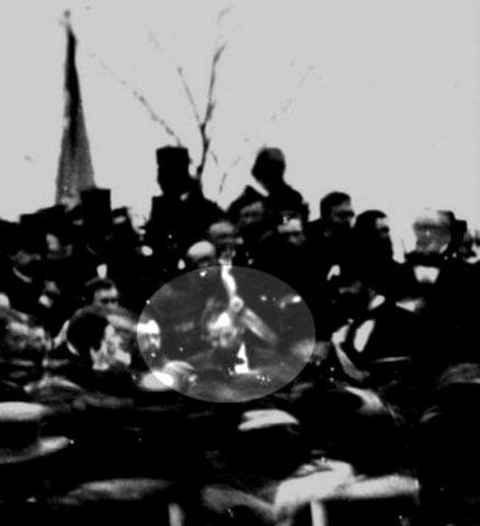 Abraham Lincoln Delivers The Gettysburg Address