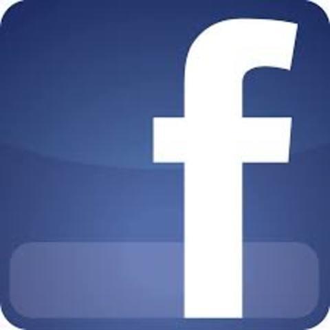 FaILIAR, Primera cuenta en Facebook