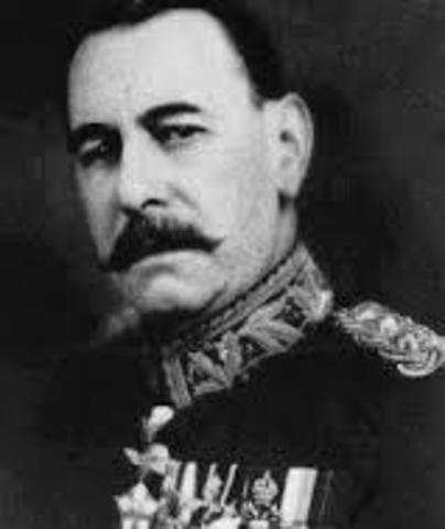 """POL.El general José Félix Uriburu encabeza un golpe militar derroca el gobierno radical de Hipólito Yrigoyen. Llamada """"década infame"""" ."""