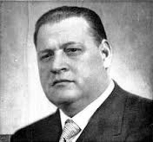 POL. Roberto M. Ortiz asume a la presidencia del país