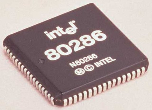 El Intel 80286 (iAPX 286)