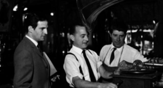 Edison invente le phonographe