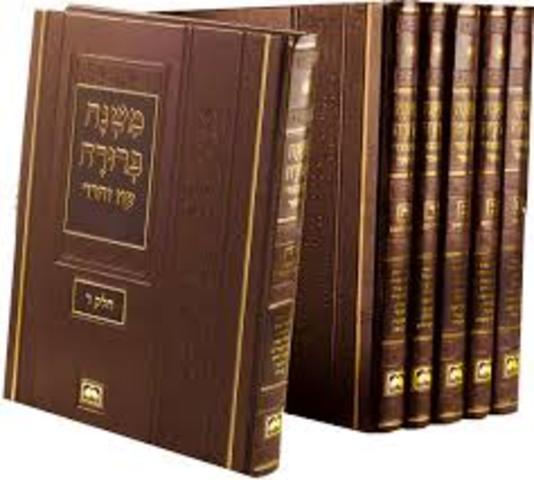 Codificación de la ley oral judía (Mishná) completó.