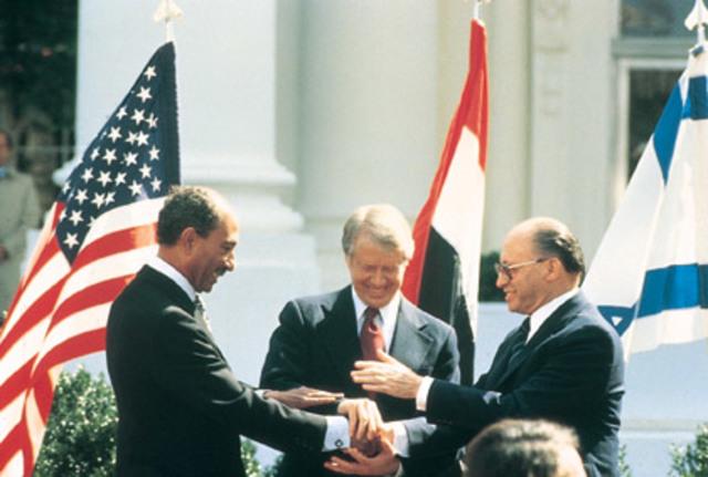 Tratado de Paz entre Israel y Egipto firmaron.