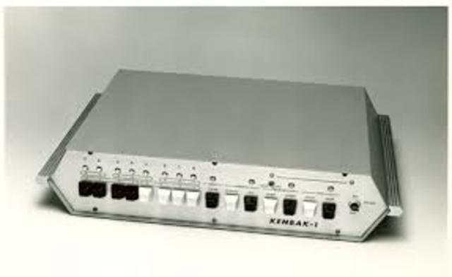 Primer Ordenador Personal. Kenbak-1.