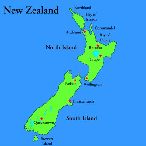 Maori Waka Arrive
