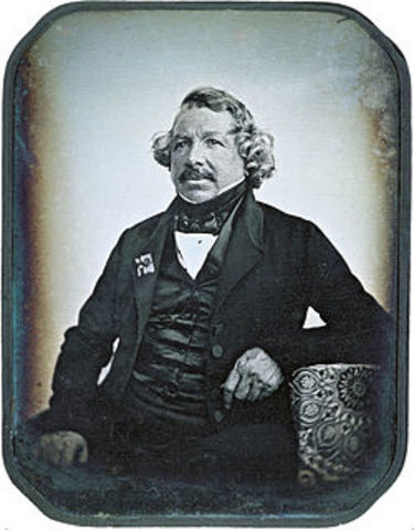 """Louis-Jaques-Mandé Daguerre creates the """"daguerreotype"""""""