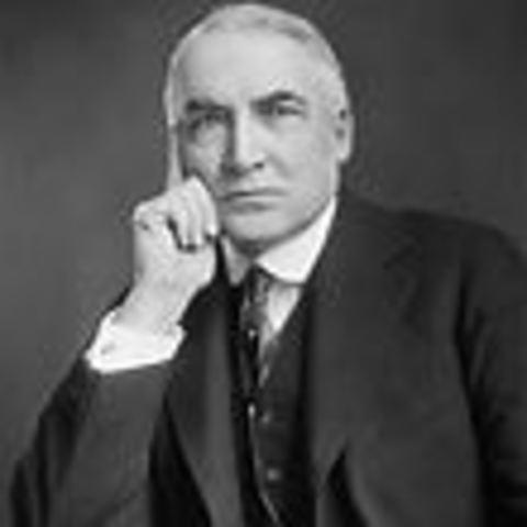 Warren G. Harding becomes President