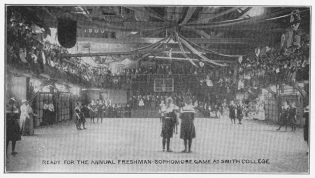 Primer partido baloncesto femenino
