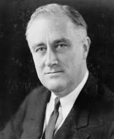 Franklin Roosevelt Dies
