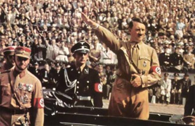 Hitler gana las elecciones presidenciales