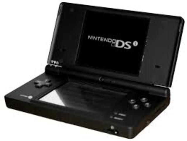 Nintendo lanza el Nintendo DSI