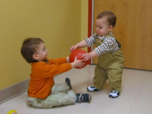 Infancy- Social Growth; 9-12 months (Socio-emotional)