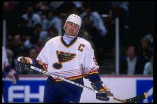 Gretzky Moves to St. Louis