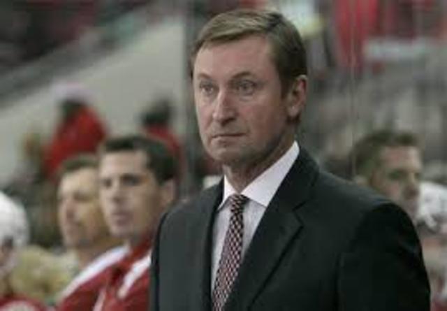 Gretzky Steps Down