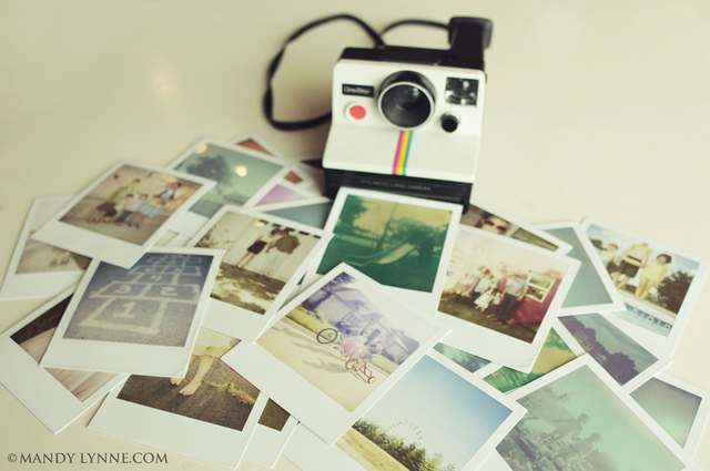 The first instant color film camera hits the market