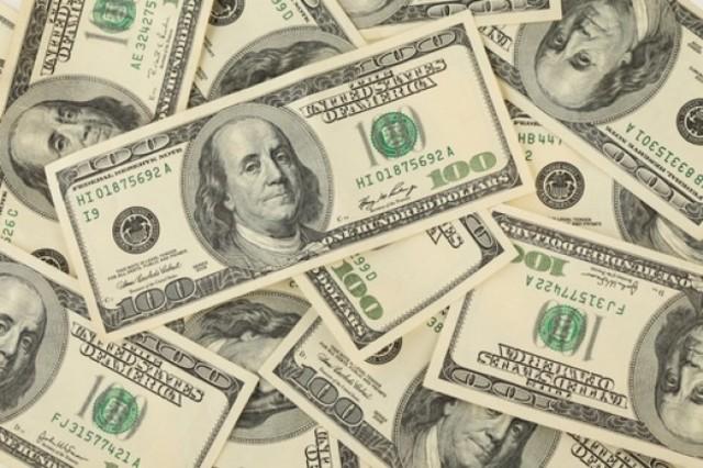 Argentina:El ministro de economía lorenso sigahut, realisa una de valuación del 0 del dólar pasa de 20000 a 10000.