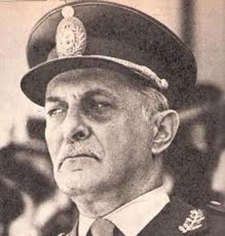 Argentina POL :Robert Viola asume en remplazo de Jorge R. Videla.