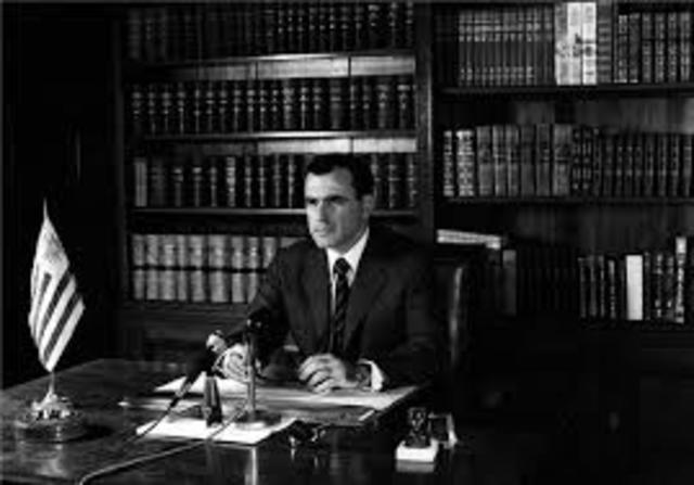 pol: Es destituido el presidente Uruguayo J.María  Bordbarry