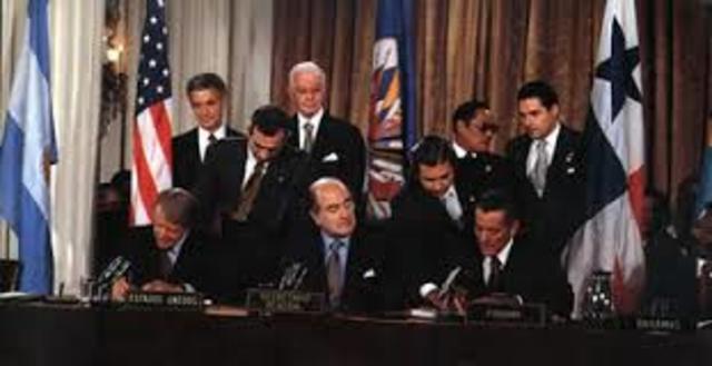 Politico: tratado del canal de Panama