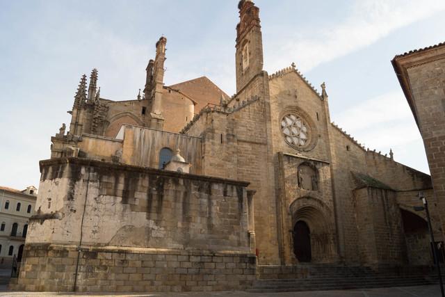 Contrucción de la Catedral Vieja de Plasencia