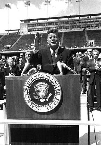 John F Kennedy uttalande om det nya målet