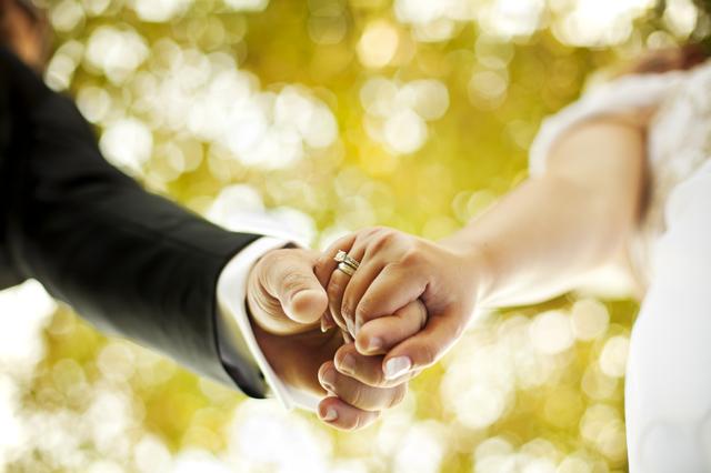 Luke gets married