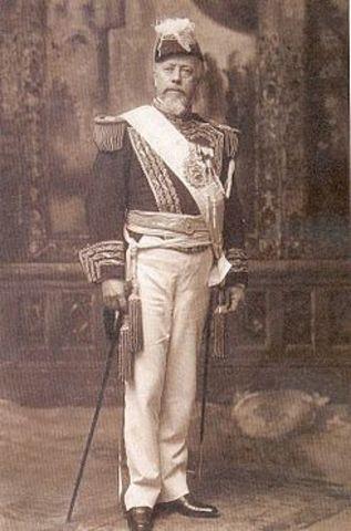 Asume Julio Argentino Rocca