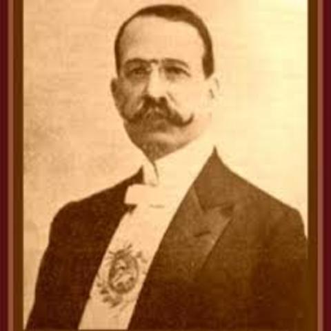 Asume Jose Figueroa Alcorta