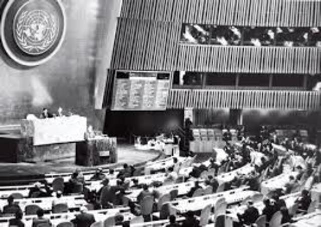 China ingresa a la O.N.U.
